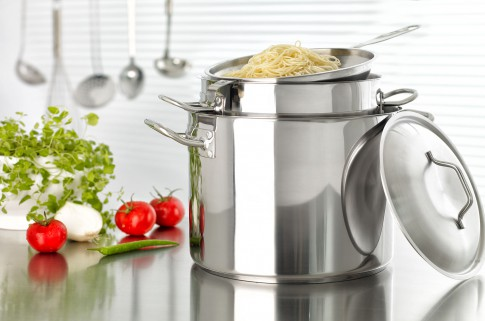 Home/Living/Dekoration - Edelstahltopf mit Spaghettisieb
