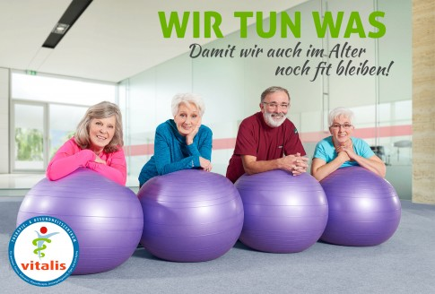 Fitness im Alter - Vitalis Marketingkampagne  -  Vier Senioren an Gymnastikbaellen