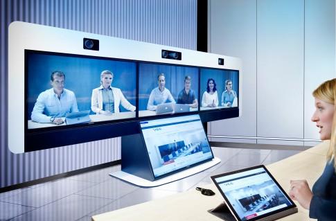 Industriefotografie---MTP2 von der Fa. VCC GmbH in Landsberg/Lech Möglichkeiten zur Videokonferenz, profitieren von der nachhaltigen Loesung eines digitalen Meetings.