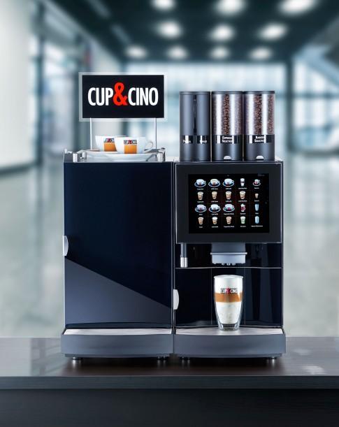 Industriefotografie---Profikaffeemaschine-von-CUP&CINO-BL850-mit-Selbstreinigungstechnologie