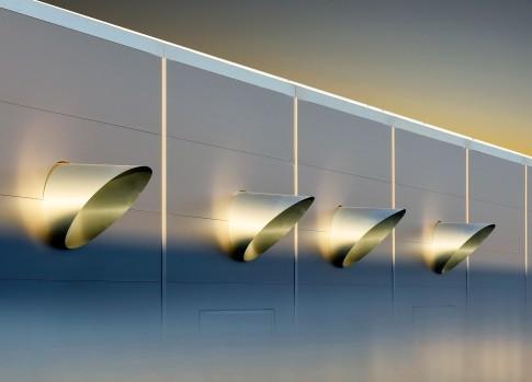 Industriefotografie---Lueftungselemente-einer-Klimaanlage